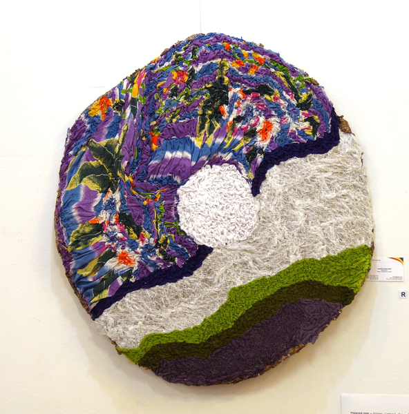 Rely, 2013, textile on wire, diameter 90cm